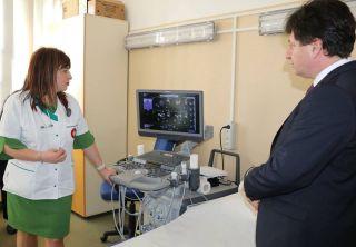 CJ Arad a cumpărat un ecograf performant pentru Secția Cardiologie a Spitalului Județean