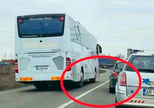 Şofer de autocar rămas fără permis în urma unei fotografii postate pe Facebook