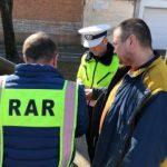 Polițiștii rutieri în trafic. Un șofer a circulat cu 103 km/h prin Arad