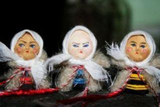 """Românii îşi aleg """"baba"""". Tradiţii şi superstiţii legate de zilele Babei Dochia"""