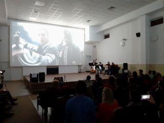 Spectacol de muzică și imagine la cinematograful din Grădiște