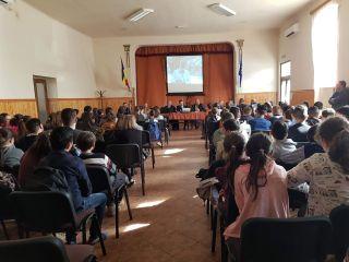 Activități de prevenire și combatere a consumului de droguri și alcool, în școli