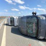 Microbuz cu 9 persoane, răsturnat pe autostrada Arad – Timișoara