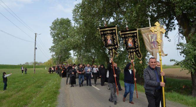 Drumul Crucii, la Mănăstirea Hodoş-Bodrog