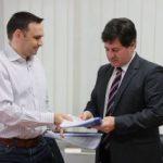Iustin Cionca a semnat contractul pentru modernizarea drumului județean Bârsa – Moneasa – limită județ Bihor