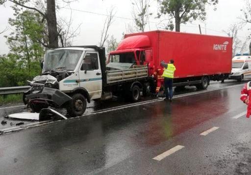 UPDATE Accident pe DN 7, la Toc. Un șofer rănit, transportat cu elicopterul la spital