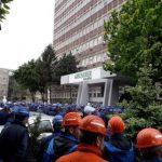 Salariaţii fabricii de vagoane de marfă au oprit lucrul pentru a treia zi