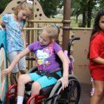 Se desființează un centru de plasament din Arad. Copiii vor ajunge la asistenți maternali