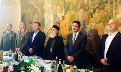 IPS Părinte Timotei, arhiepiscopul Aradului, şi-a sărbătorit ziua de naştere