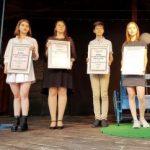 """Diplome """"Arădeni cu care ne mândrim"""" pentru elevii care au luat 10 la Bacalaureat și Evaluarea Națională"""