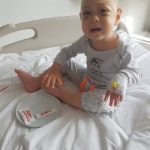 Un copil are nevoie de ajutor. La doar 1 an și 6 luni, David se luptă cu cancerul