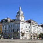 Proprietarii apartamentelor din Palatul Cenad, somați să renoveze clădirea
