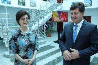 Ambasadorul Republicii Populare Chinze în România, primit la Consiliul Județean Arad