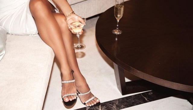 Vrei picioare lungi și frumoase? Iată ce pantofi să porți!