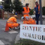 Mesaje preventive, inscripționate la trecerile de pietoni din zona școlilor