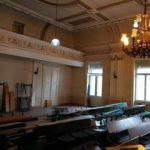 """Restaurarea sălii """"Iuliu Maniu"""" din Palatul Comitatului se va face cu tehnici tradiționale"""