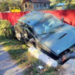 Două persoane rănite într-un accident. Șoferul a suferit un AVC