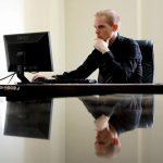 Cum își poate eficientiza un antreprenor activitatea?