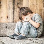 Peste o treime dintre copiii din România trăiesc sub pragul sărăciei