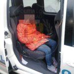 Minoră depistată la cerșit în Arad. Autoritățile îi caută mama