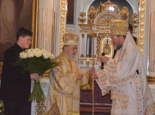 Arădenii și-au sărbătorit Întâistătătorul Eparhiei, la 35 de ani de arhipăstorire