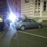 Un șofer beat a intrat cu mașina în clădirea Palatului Administrativ