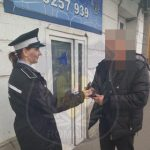 Un arădean și-a pierdut un portofel plin cu bani. Un tânăr l-a găsit și l-a predat polițiștilor locali