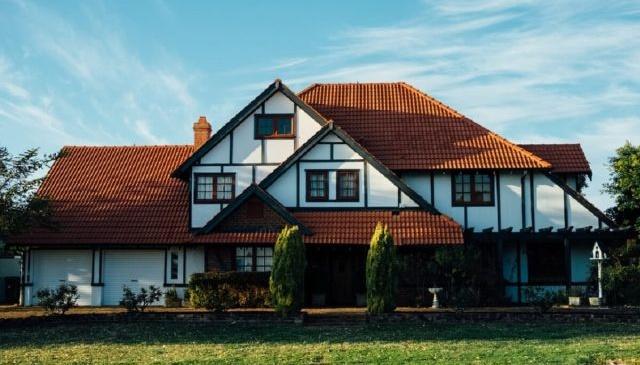 De ce aradenii au cele mai frumoase case? Secretele unor locuinte de poveste!