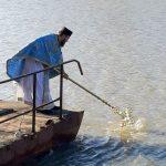 Preoții de la Mănăstirea Hodoș-Bodrog au sfințit apele râului Mureș