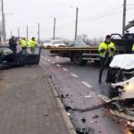 Coliziune între două autoturisme, în Arad. Șoferii au fost răniți