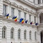 USR Arad cere Primăriei să respecte legea și drapelul