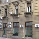 """Bibarț: """"Trebuie să găsim soluții pentru relocarea aparatelor de aer condiționat de pe fațadele clădirilor"""""""