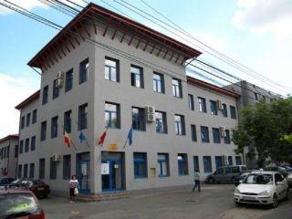 Acces restricționat pentru clienți în sediul Companiei de Apă Arad