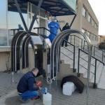 Donații. Dispozitive de dezinfecție pentru personalul medical din Arad