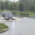 UPDATE Străzi din mai multe zone ale municipiului Arad, inundate în urma ploilor torenţiale