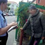 Bătrân cu pierderi temporare de memorie, găsit pe o stradă din Arad. Își căuta fosta casă