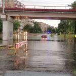 UPDATE 4 A plouat în Arad, pasajul din Micălaca inundat din nou