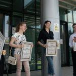 """Elevii care au obținut media 10 la Bacalaureat au primit diploma """"Arădeni cu care ne mândrim"""""""