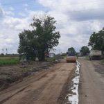 Se lucrează la fundaţia drumului Arad – Şiria. 50 de utilaje și 80 de muncitori, pe șantier