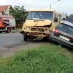 Accident la Pecica. Două persoane au fost rănite