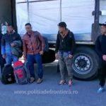 Migranți depistați ascunși în două camioane laPTF Vărșand și PTF Nădlac