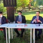 """Orban, la fabrica de tramvaie din Arad: """"Avem nevoie de astfel de mijloace de transport ecologice"""""""