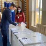 Falcă: Votul de astăzi este începutul pentru alegerea direcţiei guvernamentale în următorii patru ani