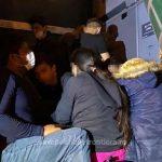 25 de migranți, găsiți ascunși în două autovehicule la PTF Nădlac II