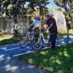 Șoferi amendați pentru că au blocat pistele pentru biciclete din centrul Aradului