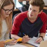 Program de susţinere a tinerilor cu rezultate şcolare excepţionale – derulat de Academia Română