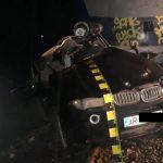 Autoturism lovit de tren, la Ineu. O tânără de 21 de ani a murit