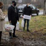 Familia Regală a oferit 200 de pachete unor familii nevoiaşe din Săvârşin