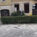 Bărbat din Arad, rănit în urma unei explozii în locuința sa