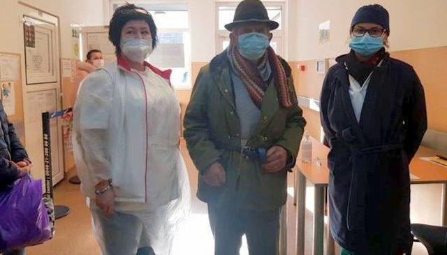 Pensionar care nu avea bani pentru tratament, ajutat de cadre medicale de la Spitalul Județean Arad